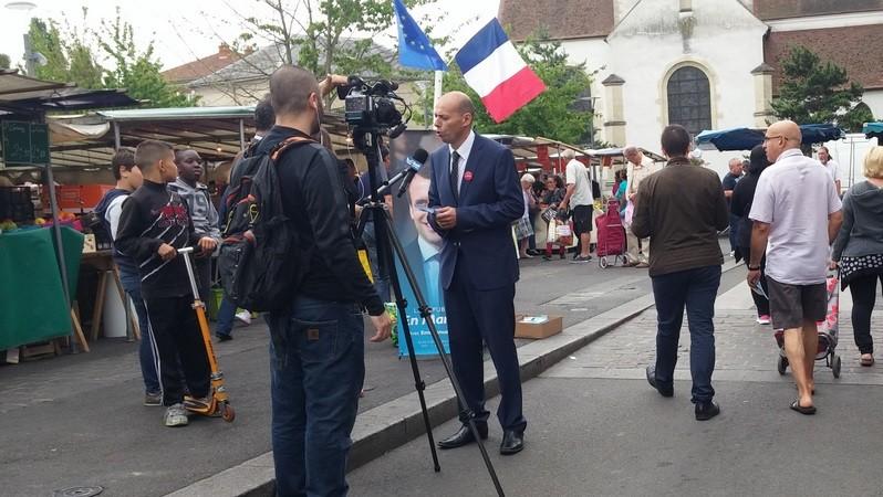 Très belle journée de campagne ce samedi 3 juin ! - image Billel-Ouadah-Marché-Interview on http://www.billelouadah.fr